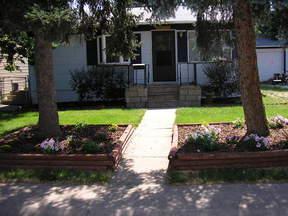 Residential : 3715 S. Hooker St