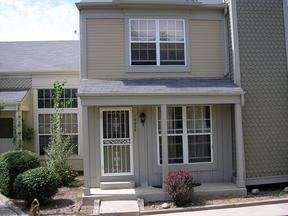 Residential : 19833 Rosewood Ct