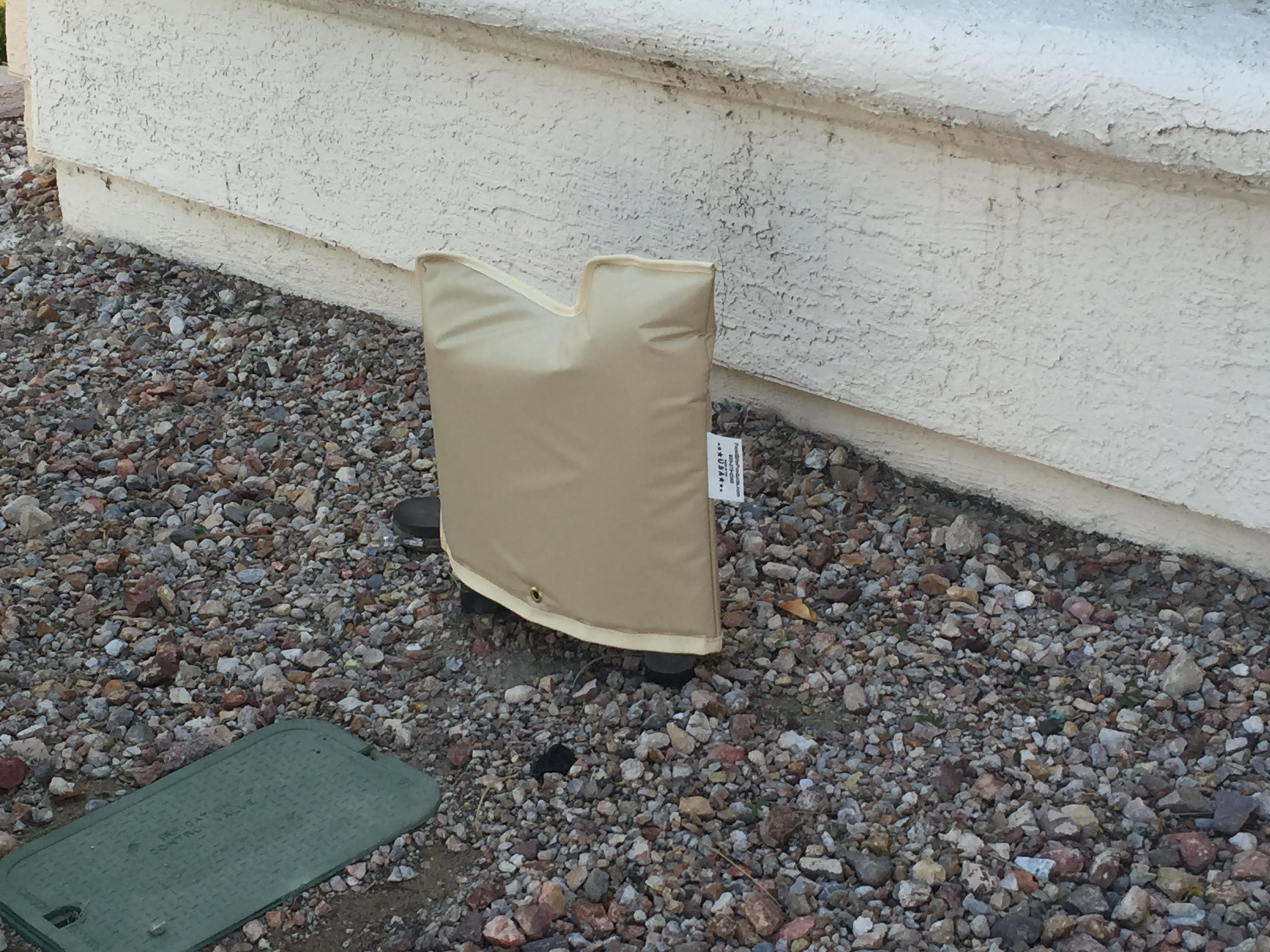 Outdoor Plumbing and Faucet Covers