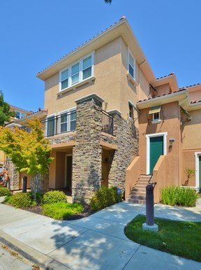 Dublin CA Condo/Townhouse Sold: $639,000