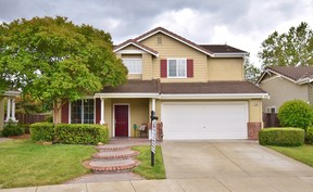 Single Family Home Sale Pending: 4700 Boxwood Way