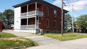 Multi Family 2-4 For Rent: 602 Main Street #B