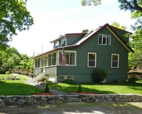 Wakefield MA Single Family Home Sale Pending: $449,900