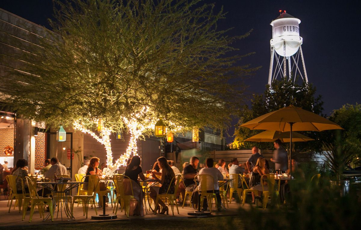 Nightlife in Old Town Gilbert AZ