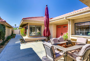 Palm Desert CA Condo/Townhouse For Sale: $339,000 NEW LISTING