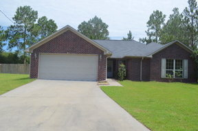 Single Family Home Sold: 40 Cypress Cove NE