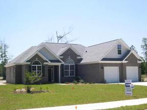 Residential : 904 Oak Crest Drive