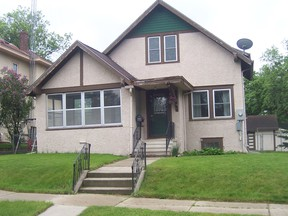 Single Family Home Sold: 712 NE 2nd Avenue