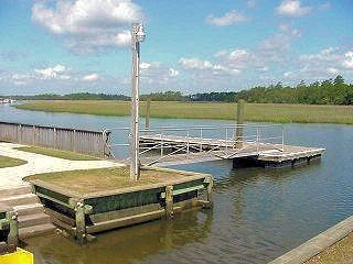 BrickYard boat dock & launch on Horlebeck Creek