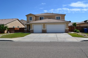 Single Family Home Sold: 300 Cahuilla Dr