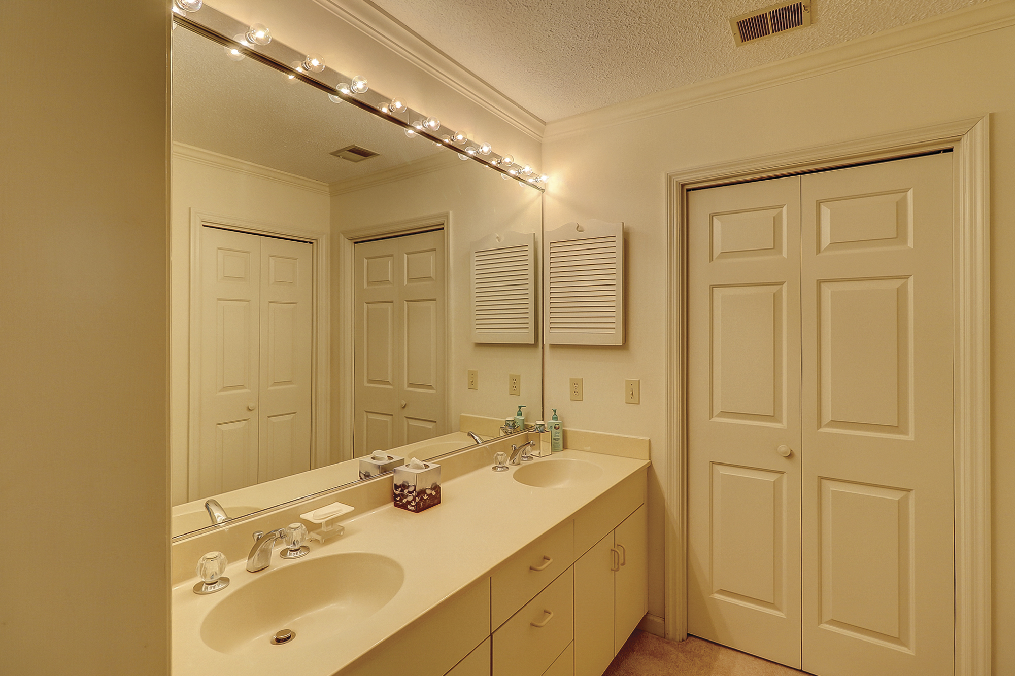 Master Bath with Double Vanity, Garden Tub and Large Separate Shower
