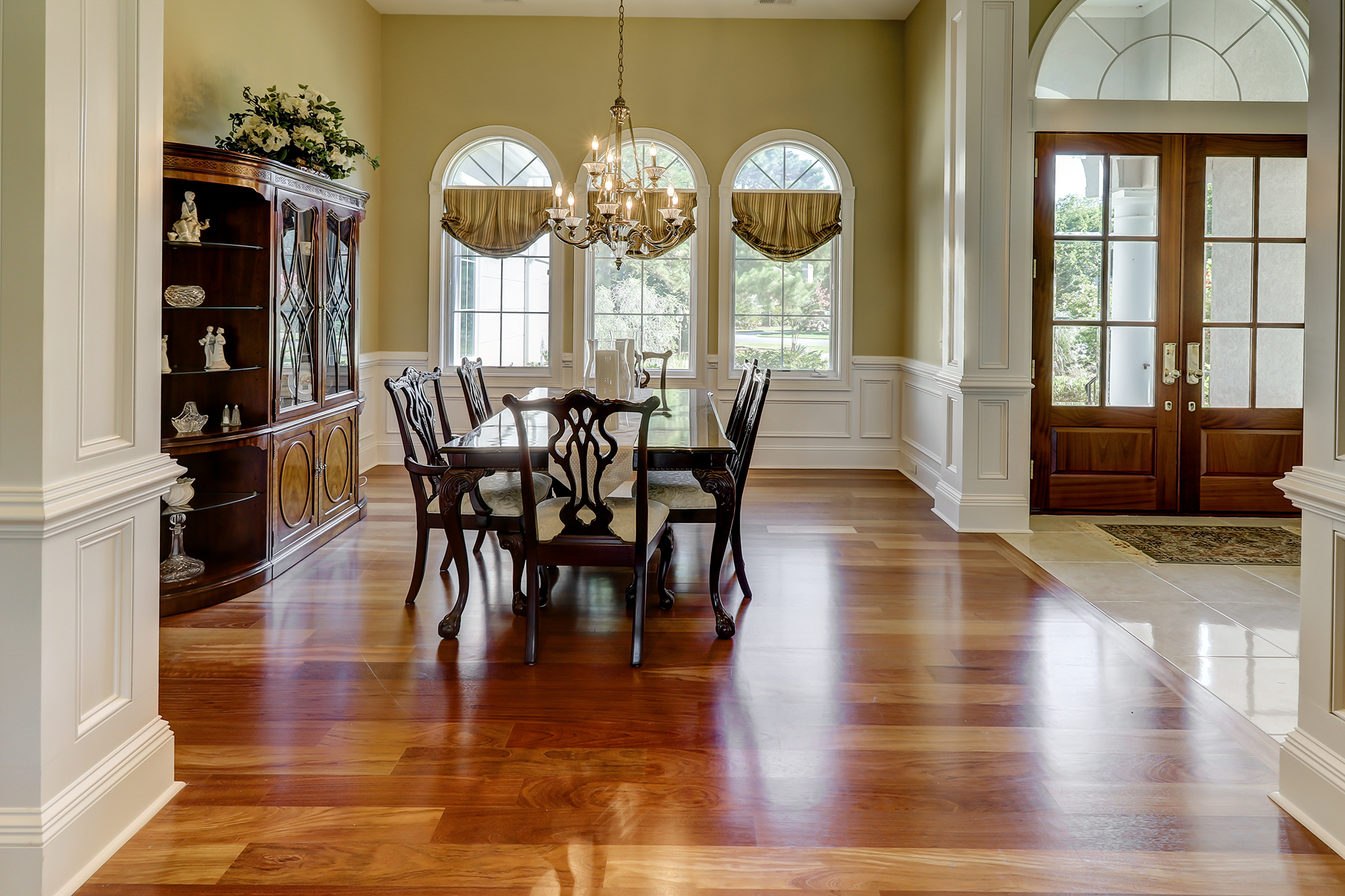 Dining Room in Like New Home on Hilton Head Island