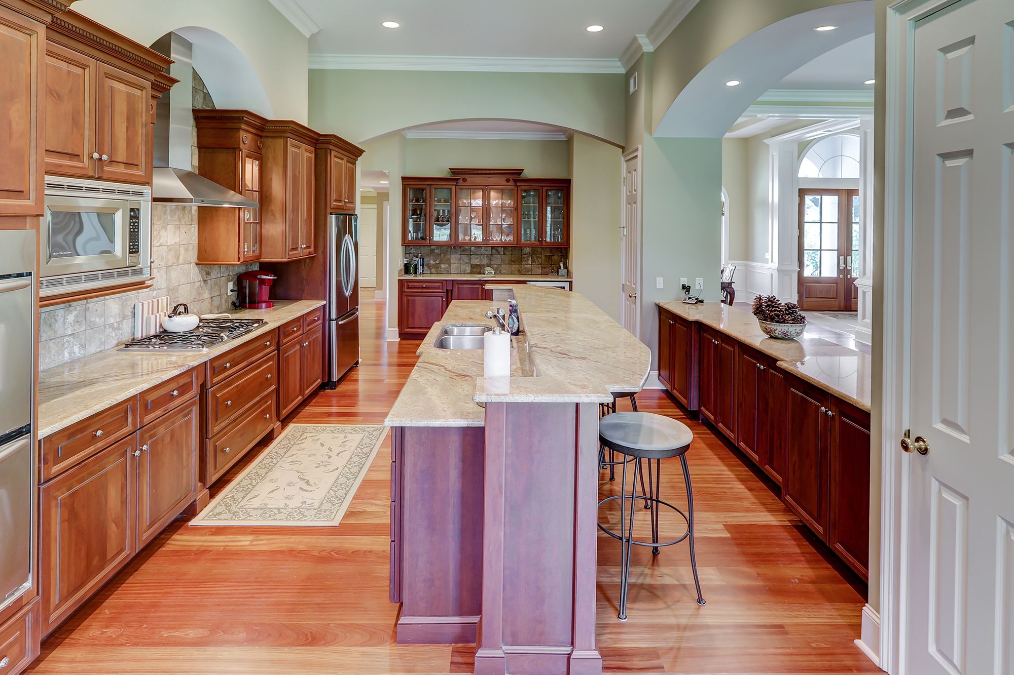 Custom Kitchen with Island in Palmetto Hall