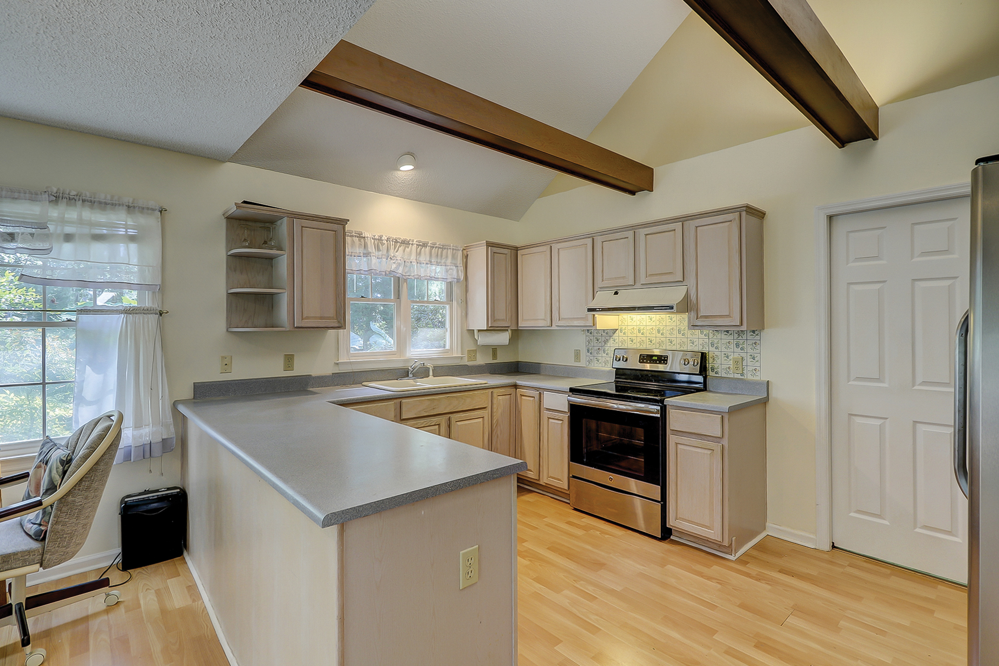 Bright and Open Kitchen with Cathedral Ceiling, 20 Greenwood CT