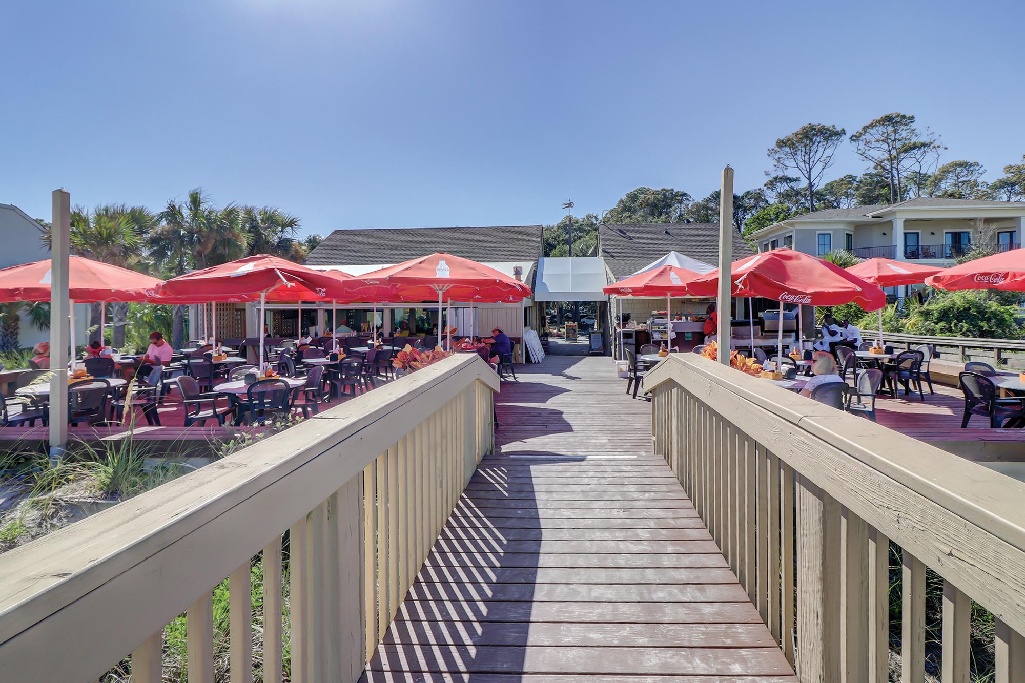 Dunes House Oceanfront Restaurant and Beach Access