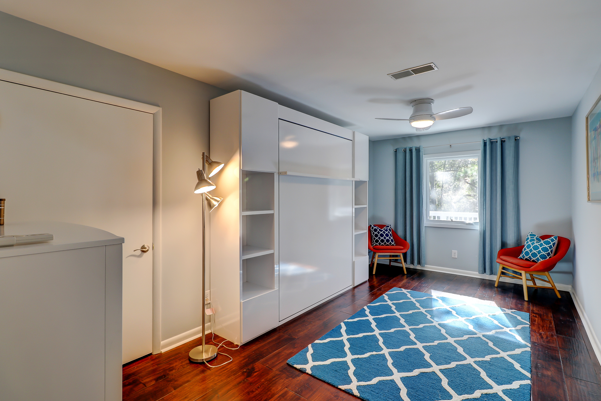 Murphy Bed closed. 8 Bradley Beach, Hilton Head Island, MLS# 388240