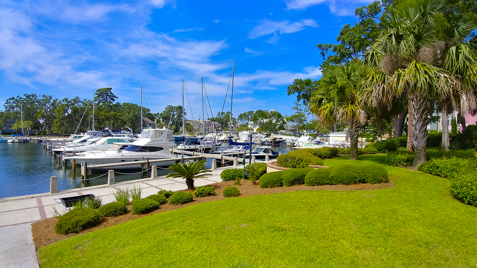 Stunning Private Marina on a Lock System with Direct Access to the Intra-Coastal Waterway