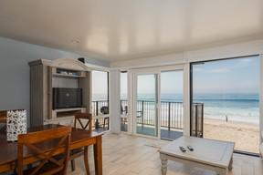 Vacation Rental For Rent: 2955 Ocean Street #10