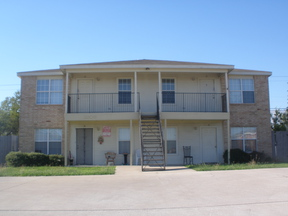 Multi Family Home For Lease: 3306 Cantabrian  #D