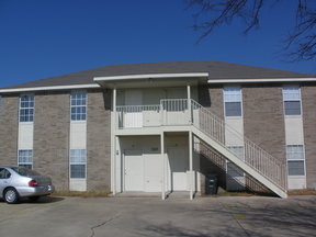 Multi Family Home For Rent: 505 Esther Circle #C