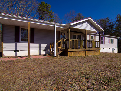140 Coolidge Drive Home For Sale in Rosman NC