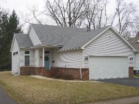 Residential : 105 Silver Maple