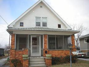 Residential : 856 Grasser