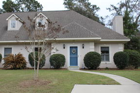 Beaufort SC Condo/Townhouse Sold: $215,000