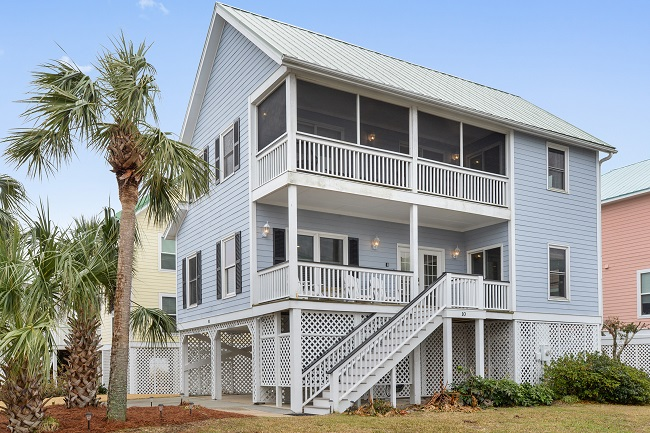 10 Shipwatch Drive Is An Impressive Beach House That Enjoys Three Bedrooms Two Full Bathrooms And Equipped With Everything You May Need On Your Next