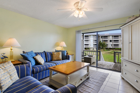 Condo Sleeps 4 Vacation Rental: E104 Cedar Reef Villa