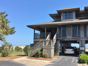 Beach House Sleeps 8 Vacation Rental: 47A South Harbor Drive