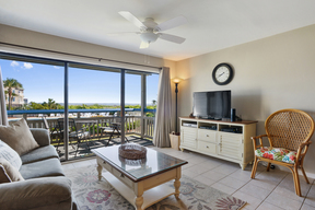 Condo Sleeps 6 Vacation Rental: M115 Ocean View Villa