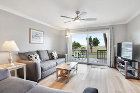 Harbor Island SC Condo Sleeps 2 Vacation Rental: $675 Per Week