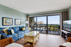 Beach Condo Sleeps 6 Vacation Rental: M217 Ocean View Villa