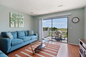 Harbor Island SC Condo Sleeps 4 Vacation Rental: $1,130 Weekly