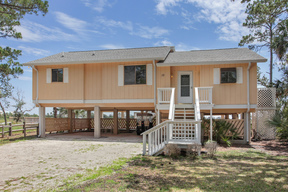Harbor Island SC  Beach House Sleeps 7 Vacation Rental: $1,750 Per Week