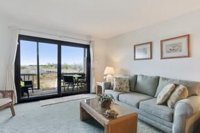 Harbor Island SC Condo Sleeps 4 Vacation Rental: $680 Per Week