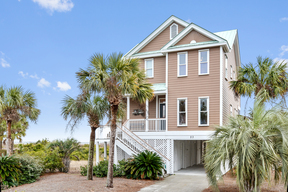 Beach House Sleeps 8 Vacation Rental: 23 Shipwatch Drive