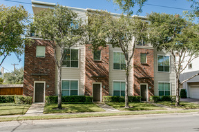 Condo/Townhouse Sold: 4315 Holland Avenue #13