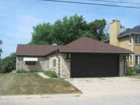 Single Family Home Sold: 1102 W. River Park Ln