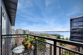 Condo/Townhouse Sold: 3104 Western Ave #607