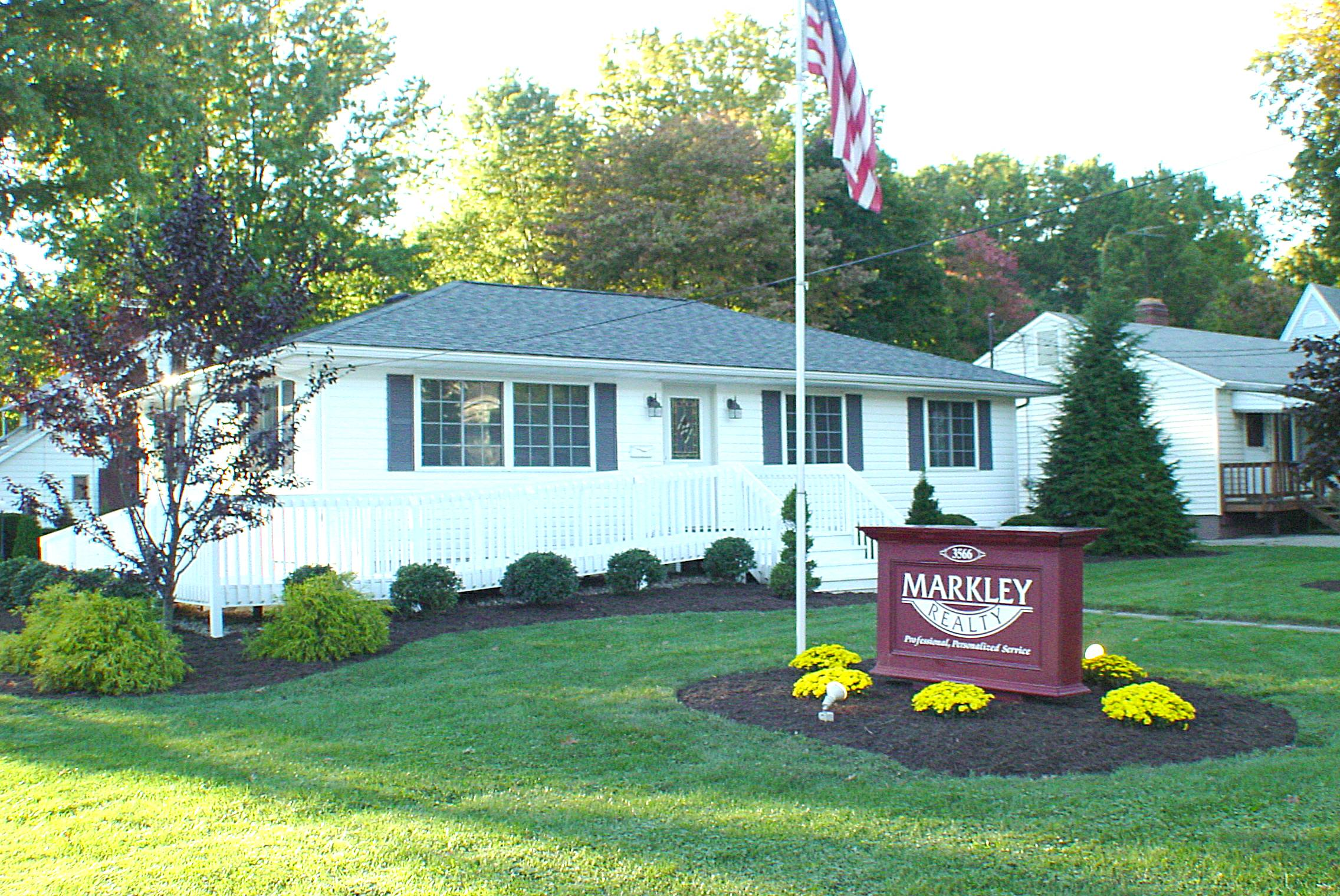 Welcome to Markley Realty's Website!  We hope you find this page useful in finding information on our Fantastic Listings,  information on our Experienced Realtors, information on Quality Lenders, and a host of other information that will make your Home Buying or Selling experience a good one!