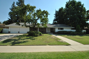 Single Family Home SOLD  $295,000: 1379 West Tenaya Way