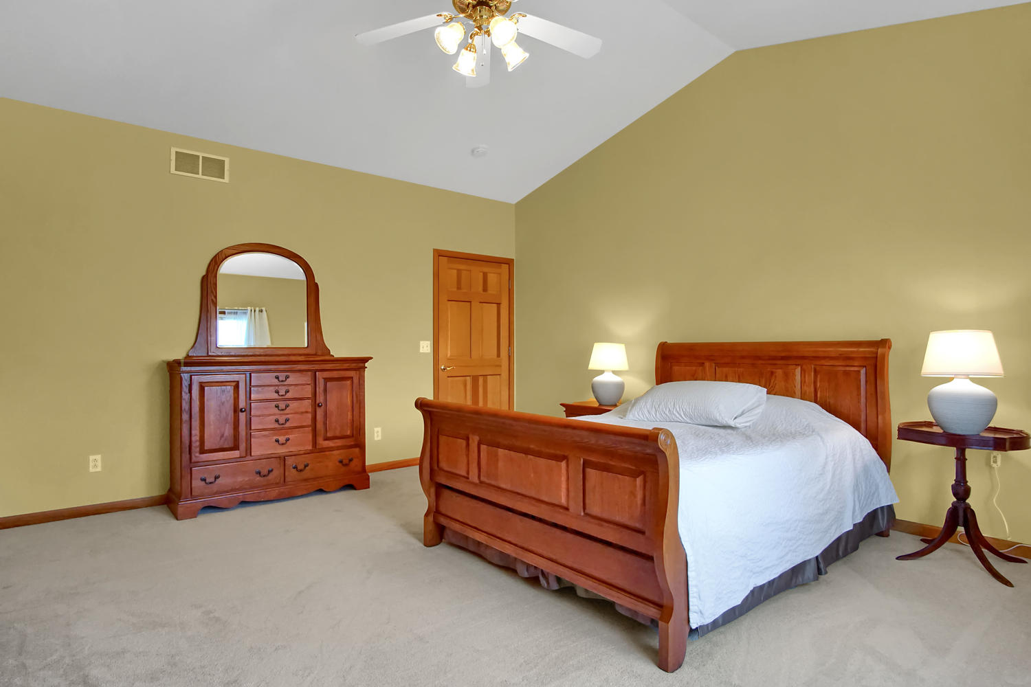 123 McKendree Park - Master Bedroom