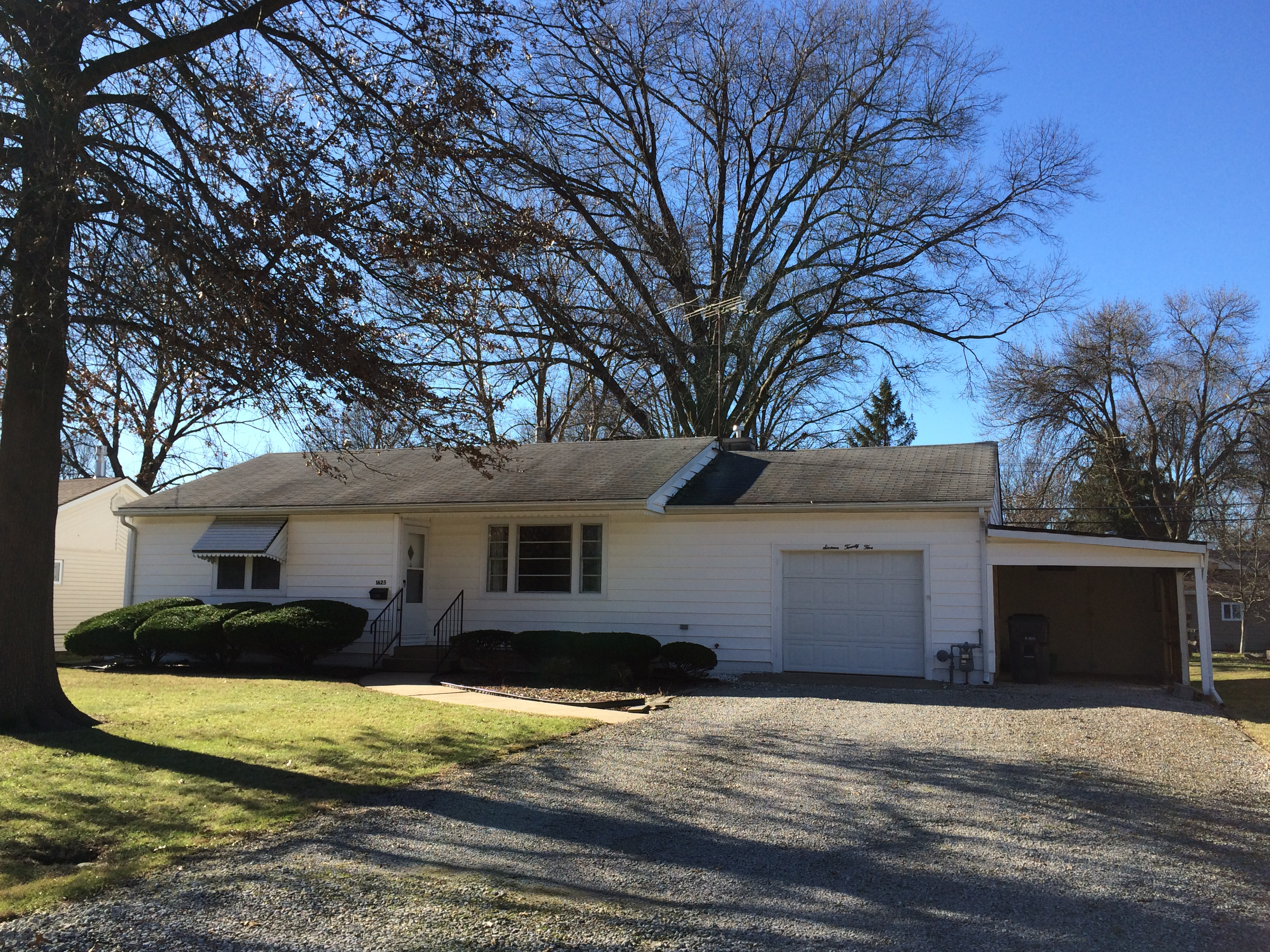 1625 Foster Drive, Belleville, IL Home for Sale