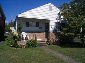 Residential : 305  18TH ST