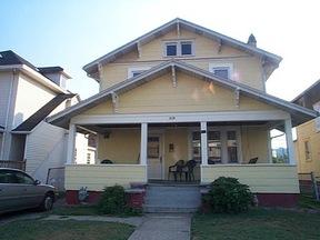 Residential : 829 MAIN ST