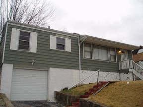 Residential : 156 DUTCH RD
