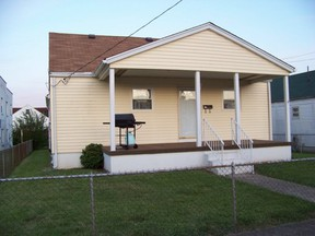 Residential : 326 19TH ST