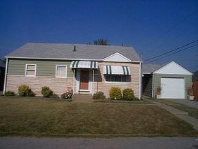 Residential : 1504 FENTON CIRCLE